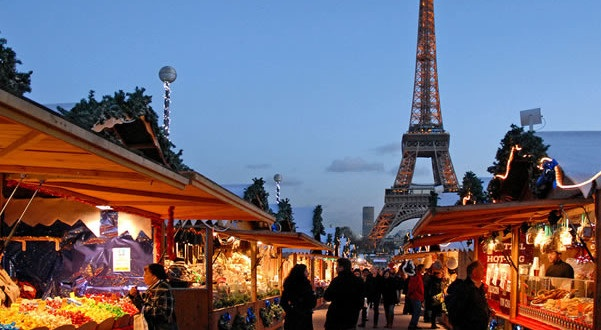 mercatini di natale a parigi trocadero tour eiffel