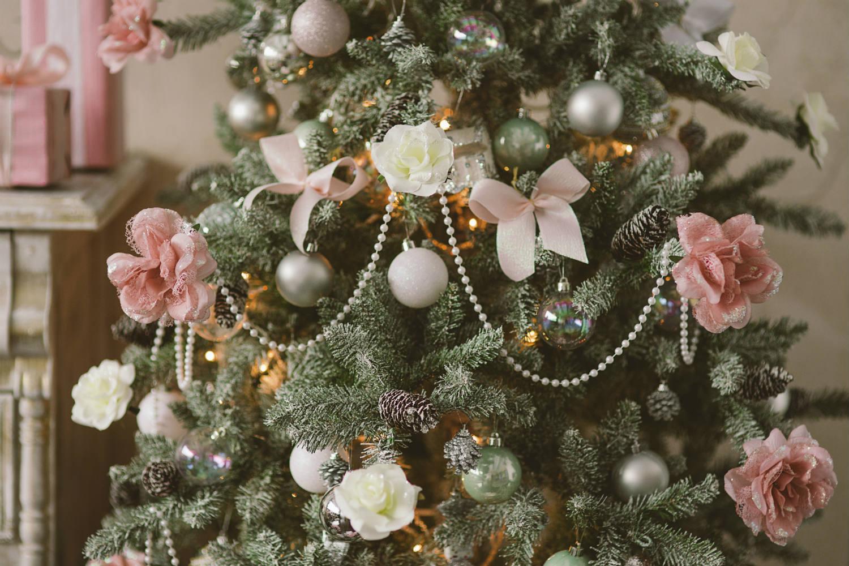 albero di natale romantico