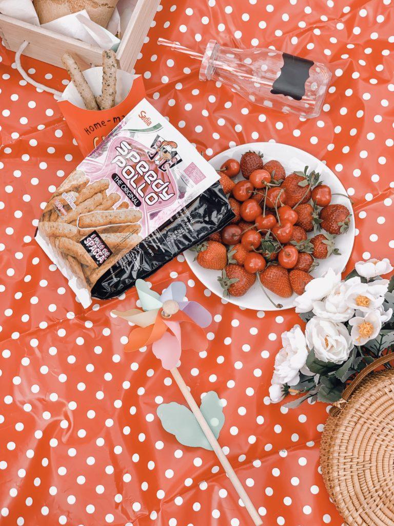 bastoncini speedy pollo per un picnic in giardino