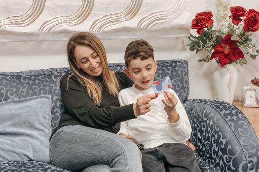 Revolut Junior: l'app che insegna a bimbi e ragazzi a gestire i soldi e risparmiare