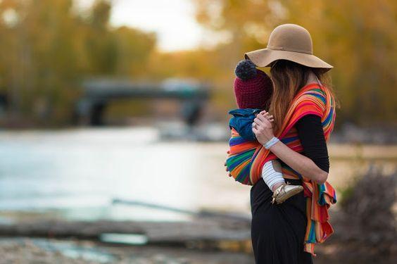 I Benefici del Babywearing per mamma e neonato