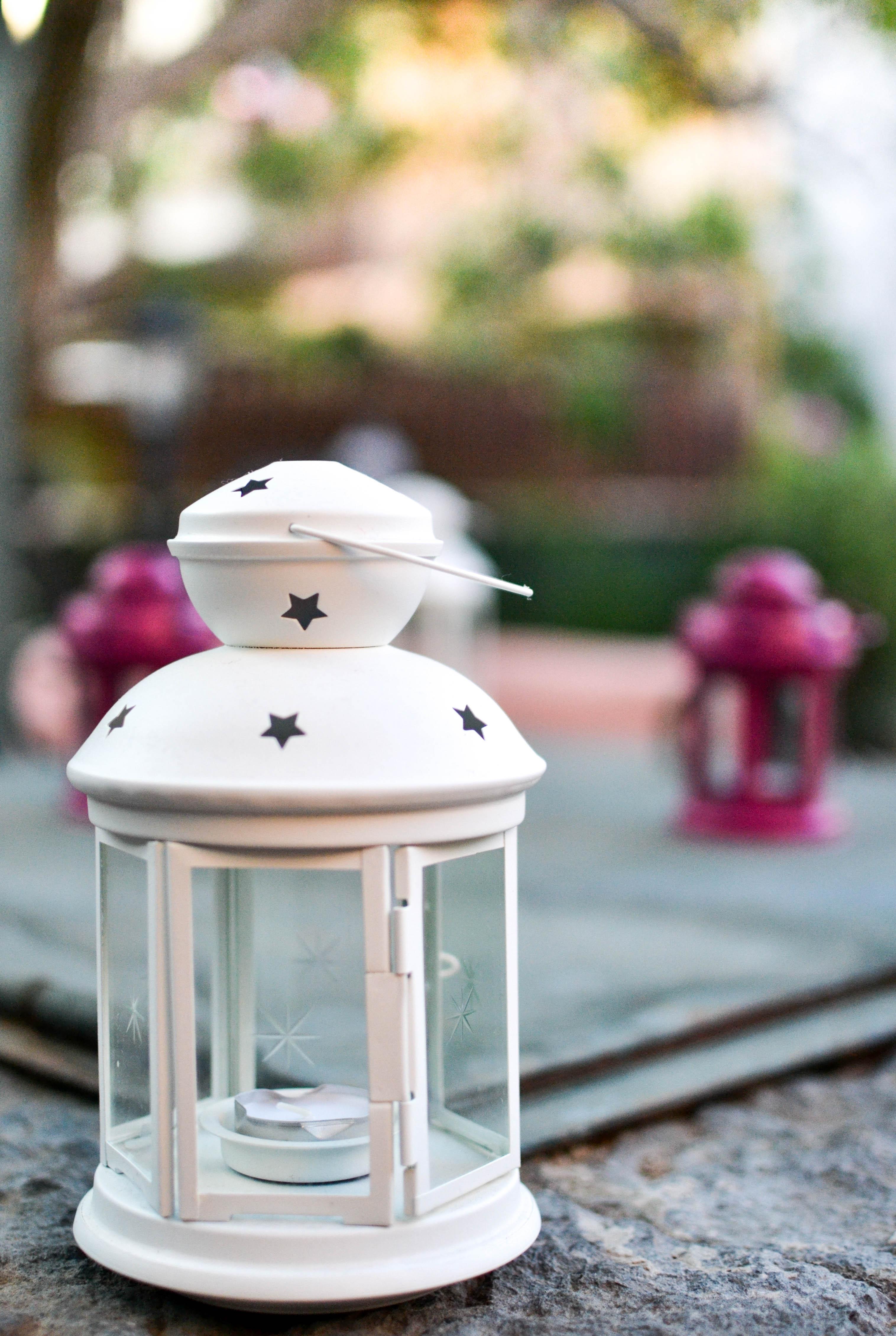 lanterna in giardino