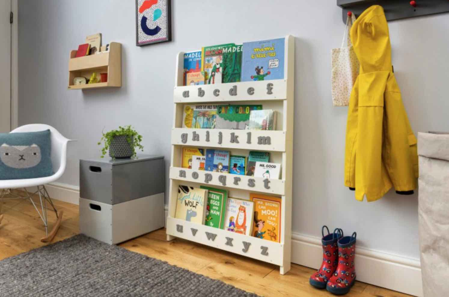 librerie frontali stanze bimbi in stile montessoriano