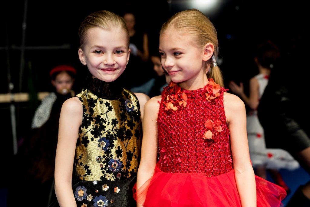 Tendenze moda bimbi autunno inverno 2019 2020 pitti88: oro, paillettes