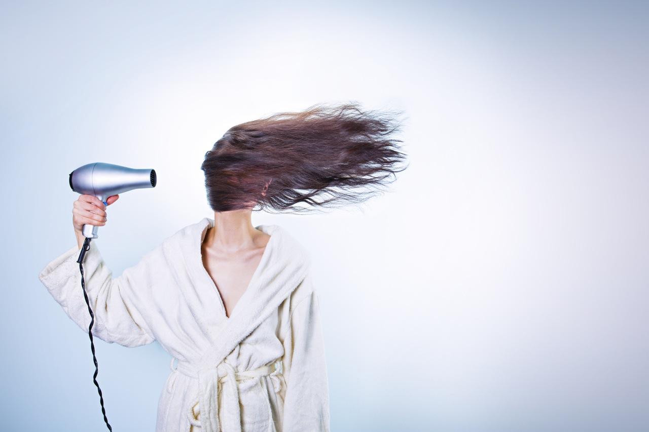 problemi-ragazze-capelli-ricci